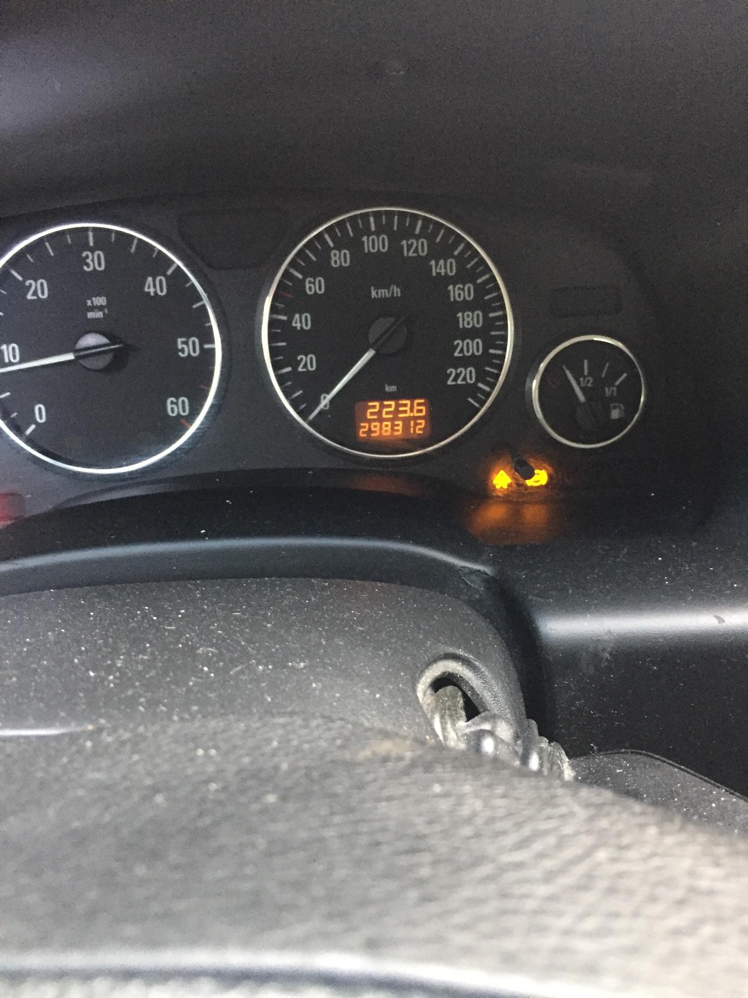 Voyant esp et airbag 2ed91b10