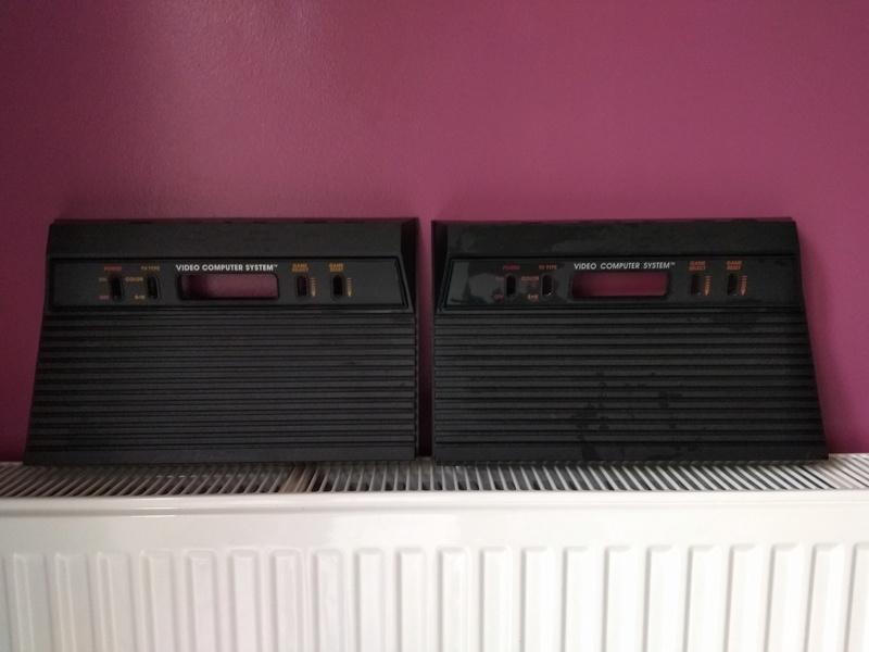 Deux Atari 2600 en plus dans la collection ! Img_2010