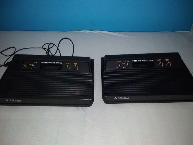 Deux Atari 2600 en plus dans la collection ! Img_2013