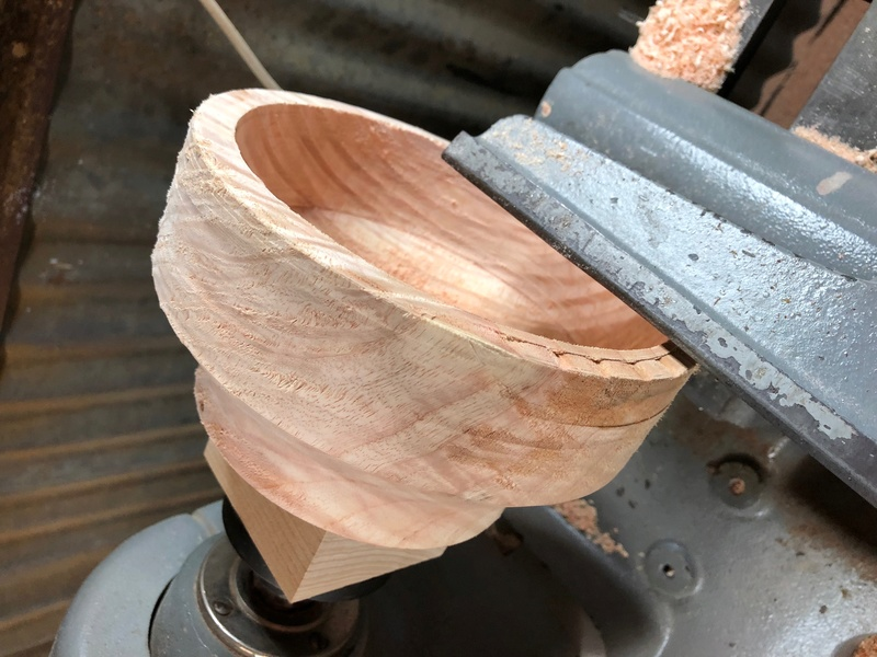 Turning bowls from green wood Img-0810