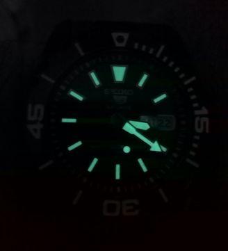 [Vendido]  Seiko 5 sports Made in Japan. Black P.V.D. SNZE99j1 Temp114