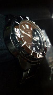 [Vendido]  Seiko 5 sports Made in Japan. Black P.V.D. SNZE99j1 Temp214