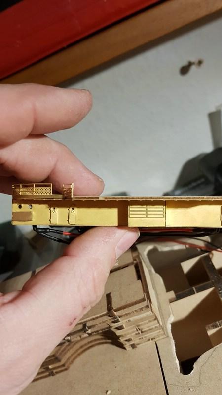 Die Scharnhorst von Hachette in 1/200 mit Licht gebaut von Kai1404 Comp_150