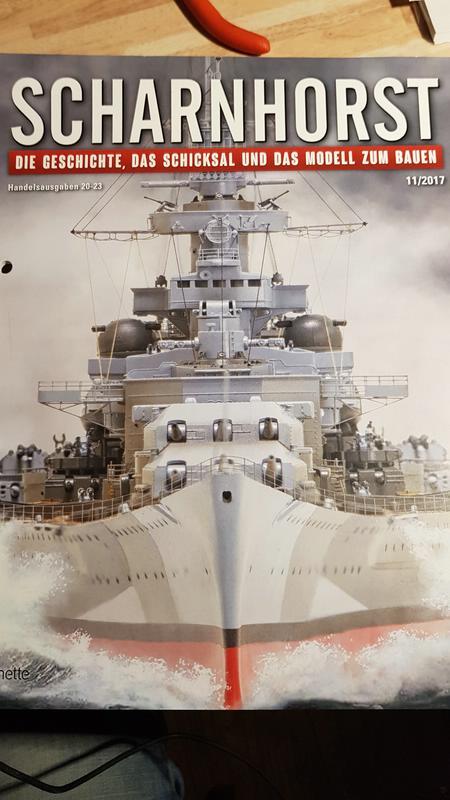 Die Scharnhorst von Hachette in 1/200 mit Licht gebaut von Kai1404 Comp_241