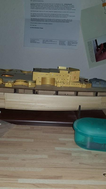 Die Scharnhorst von Hachette in 1/200 mit Licht gebaut von Kai1404 Comp_312