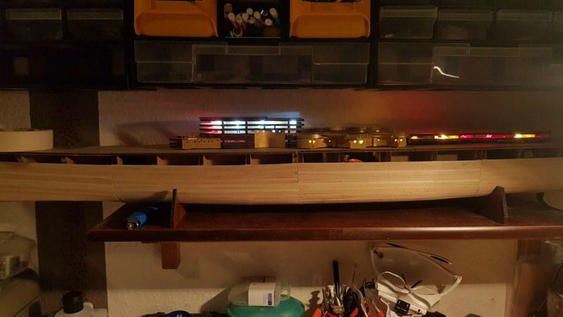 Die Scharnhorst von Hachette in 1/200 mit Licht gebaut von Kai1404 Comp_332
