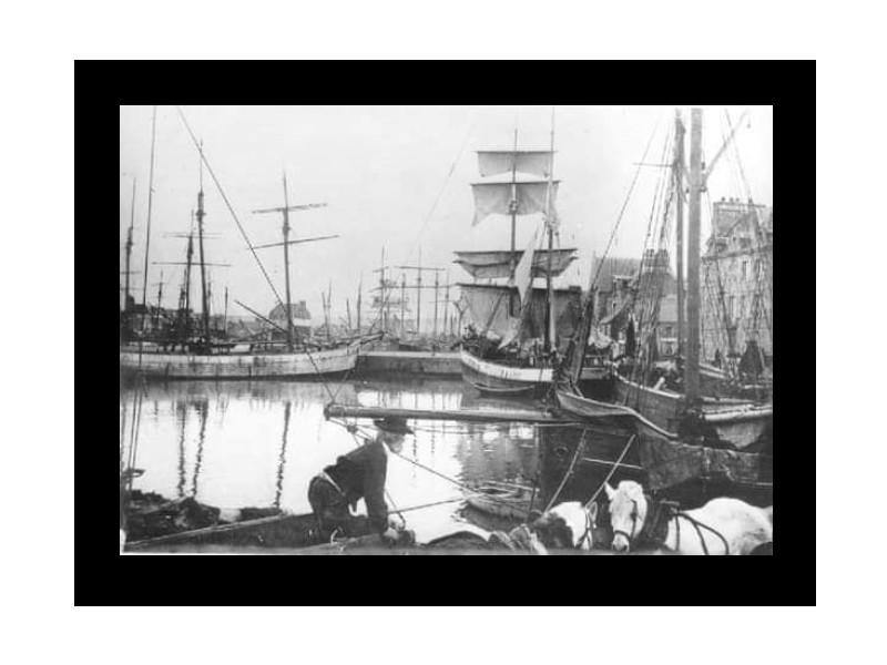 VIE &.MISÈRE des PÊCHEURS BRETONS (19ème et début 20ème siècle) Sans_t15