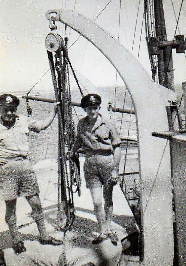 Remorqueur de haute mer S.T. Rumania (RC Deans Marine 1/96°) de Philippe R. DAVID Bernar10