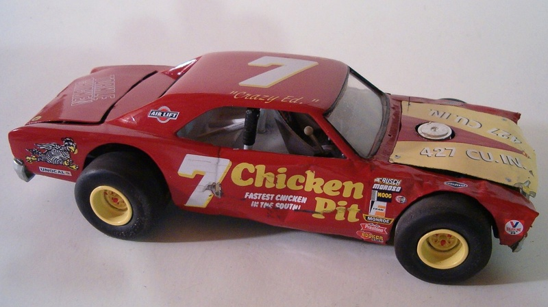 "Ford T-Bird ""CHICKEN PIT"" du Film Stroker Ace avec Burt Reynolds 4418a810"
