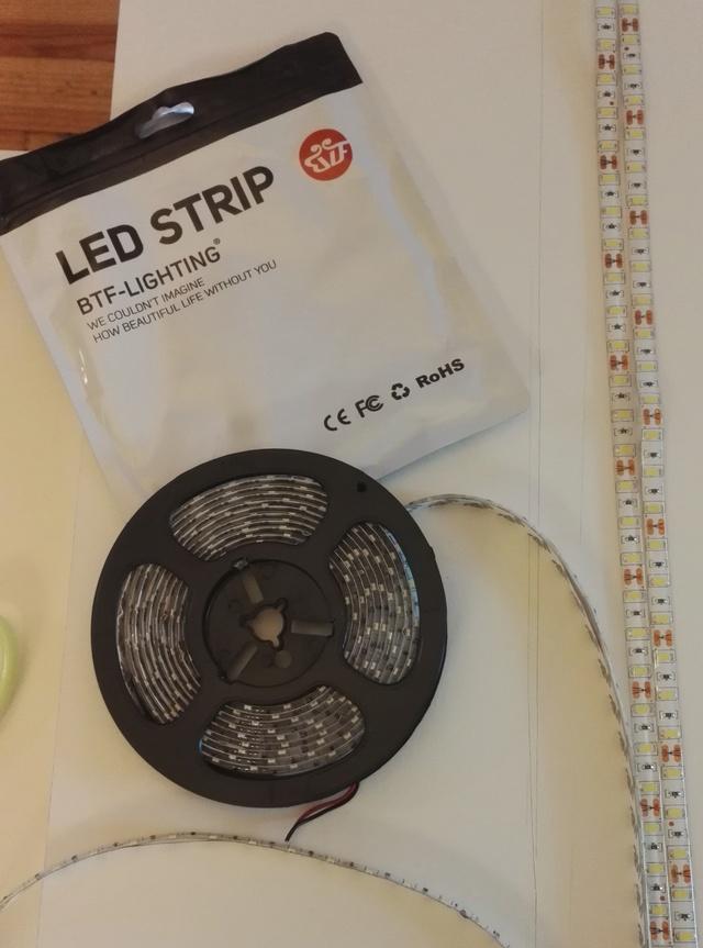 Rampe en ruban de LED fait maison Img_2026