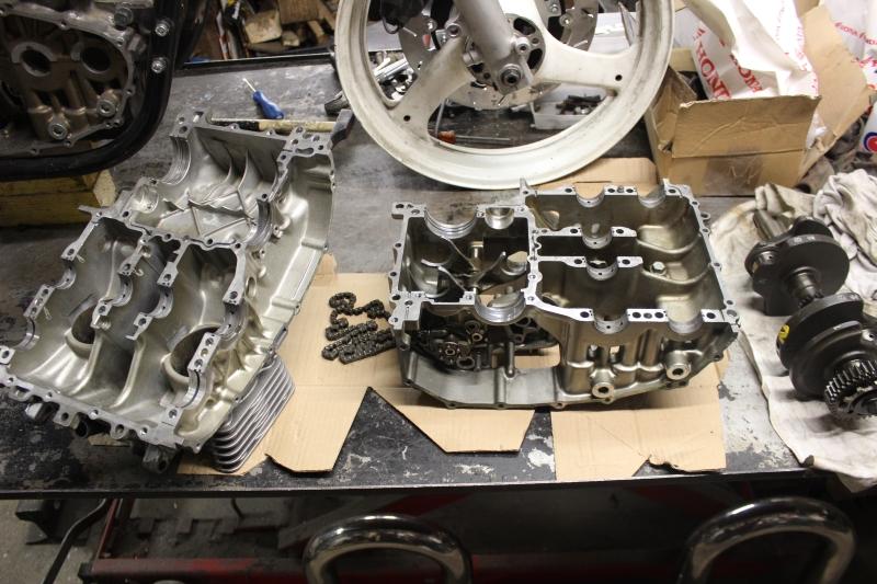 Montage de deux 500 CB pour la Vitesse en Moto Ancienne - Page 5 Ph03_i21