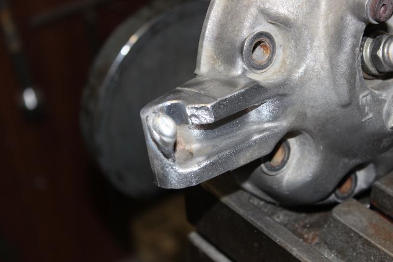 Réparation d'une patte de culasse cassée. Ph04_i39