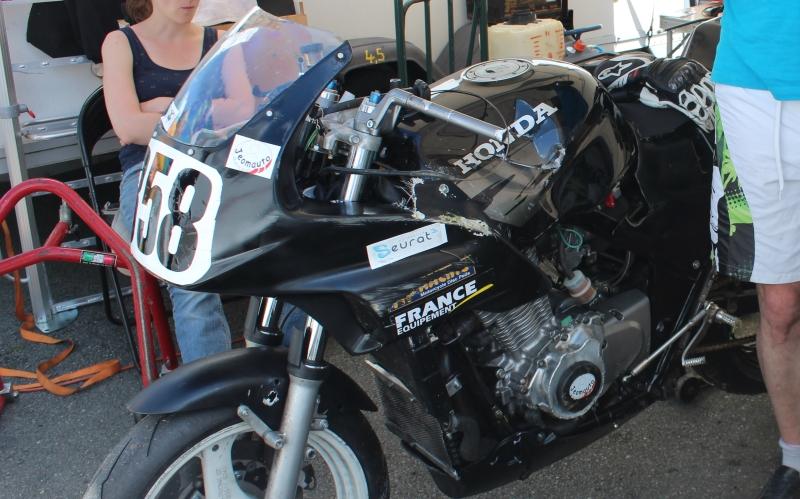 Montage de deux 500 CB pour la Vitesse en Moto Ancienne - Page 4 Ph05_i28
