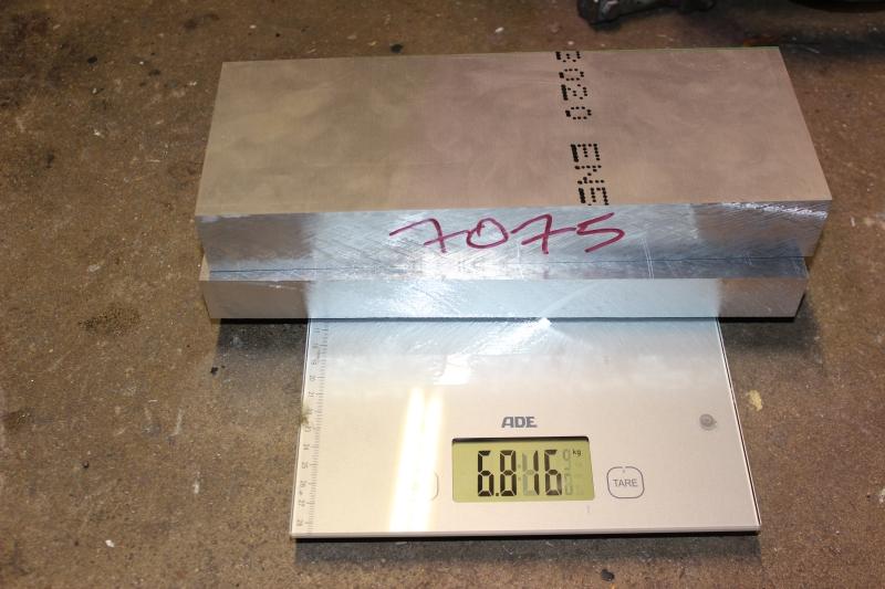 Tés de fourche taillés dans la masse Ph05_i49