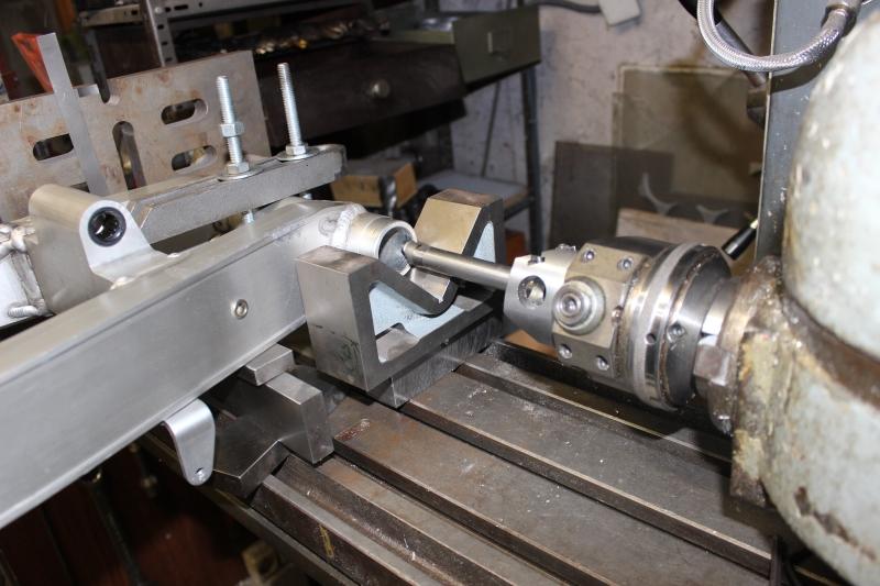 Bras oscillant de 850 TRX adapté pour une 350 RD/LC Ph06_i11
