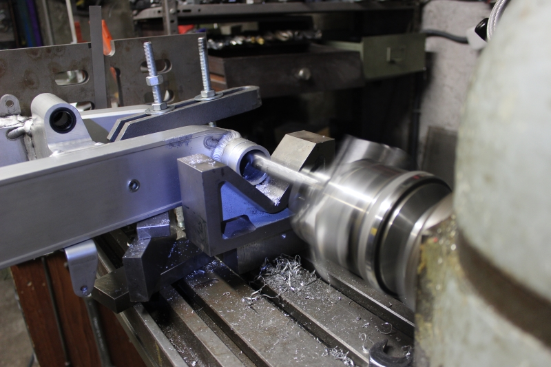 Bras oscillant de 850 TRX adapté pour une 350 RD/LC Ph07_i11