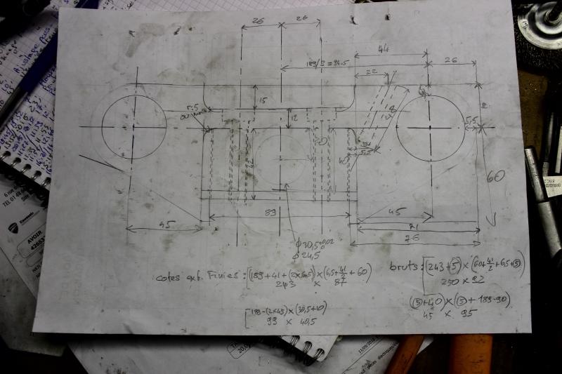 Montage de deux 500 CB pour la Vitesse en Moto Ancienne - Page 3 Ph07_i13
