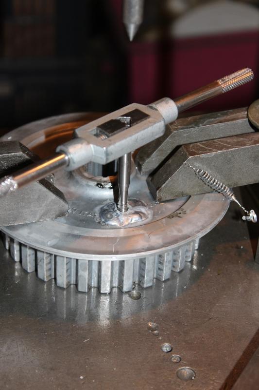 Sauvetage d'une noix d'embrayage Ph07_i30
