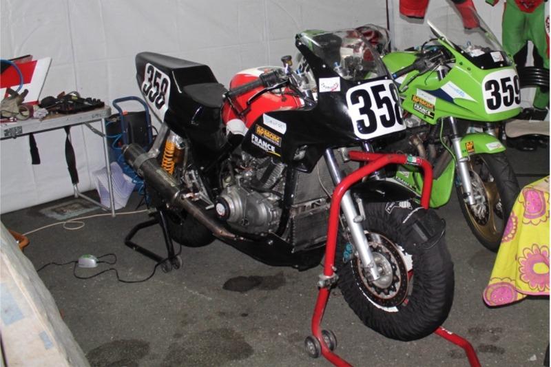 Montage de deux 500 CB pour la Vitesse en Moto Ancienne - Page 4 Ph08_i25