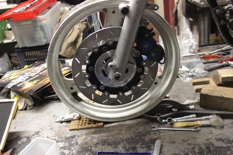 Montage de deux 500 CB pour la Vitesse en Moto Ancienne - Page 4 Ph09_i14