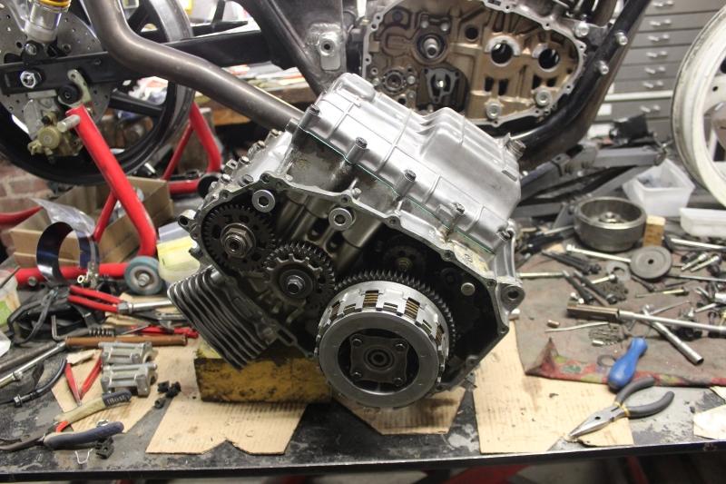 Montage de deux 500 CB pour la Vitesse en Moto Ancienne - Page 5 Ph09_i18