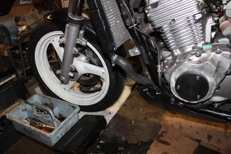 Montage de deux 500 CB pour la Vitesse en Moto Ancienne - Page 5 Ph09_i22