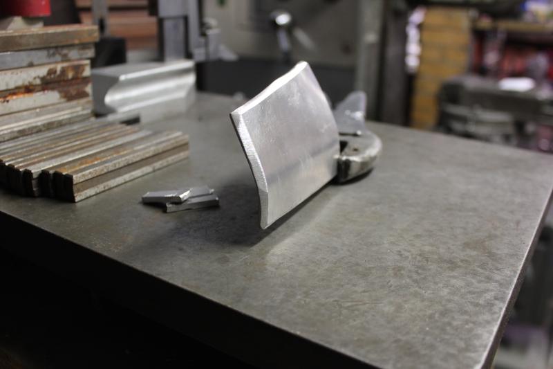 Réparation d'un cadre alu de 1 000 GSX/R Ph09_i35