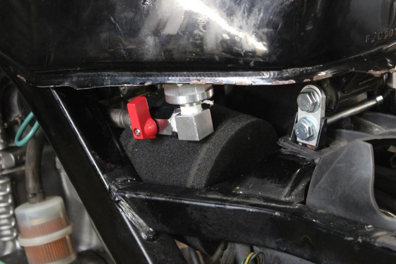 Montage de deux 500 CB pour la Vitesse en Moto Ancienne - Page 4 Ph11_i23