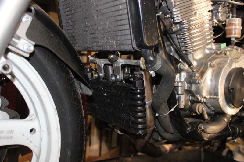 Montage de deux 500 CB pour la Vitesse en Moto Ancienne - Page 6 Ph12_i21