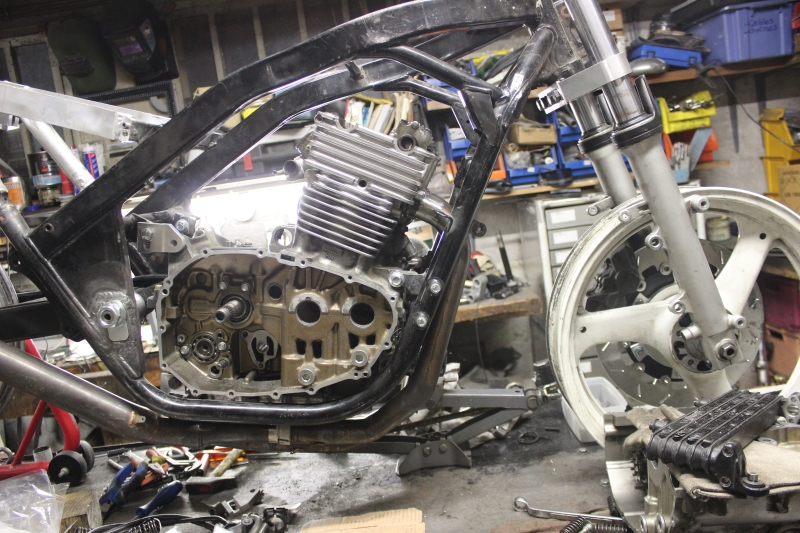Montage de deux 500 CB pour la Vitesse en Moto Ancienne - Page 3 Ph14_i17