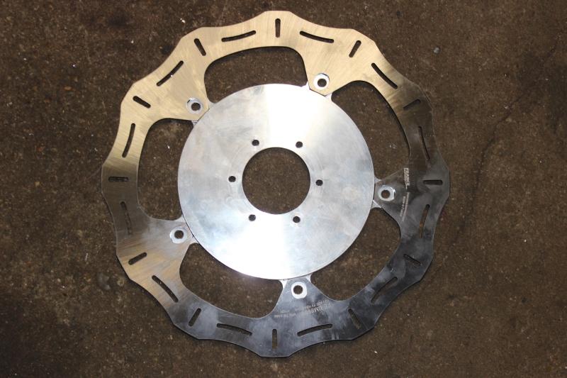 Solutions pour des disques de frein sur mesure. Ph15_i19