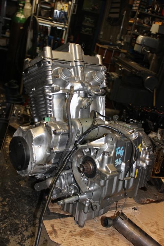 Montage de deux 500 CB pour la Vitesse en Moto Ancienne - Page 5 Ph16_i17
