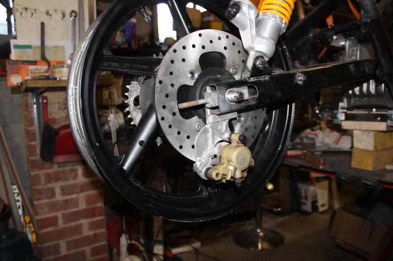 Montage de deux 500 CB pour la Vitesse en Moto Ancienne - Page 4 Ph24_i12