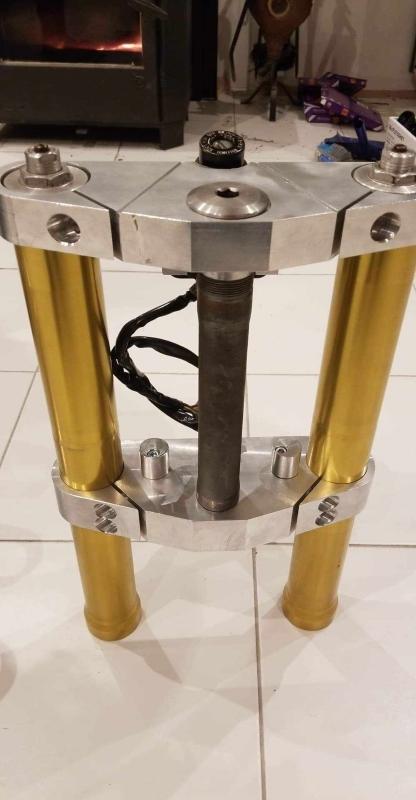 Tés de fourche taillés dans la masse Ph50_r10