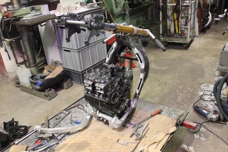 Projet Yamaha « R5 ». - Page 2 Ph67_i10