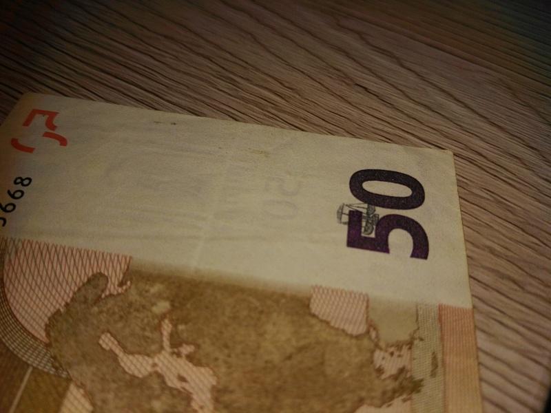 Billete de 50€ con marca de agua diferente. Img_2012