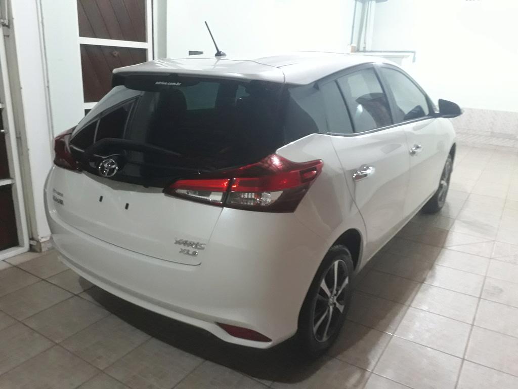 Yaris Hatch XLS - Branco Perolizado 20180912