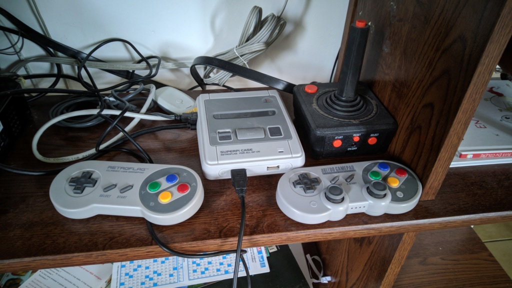 Assembler sa propre console retrogaming ? - Page 2 Img_2103