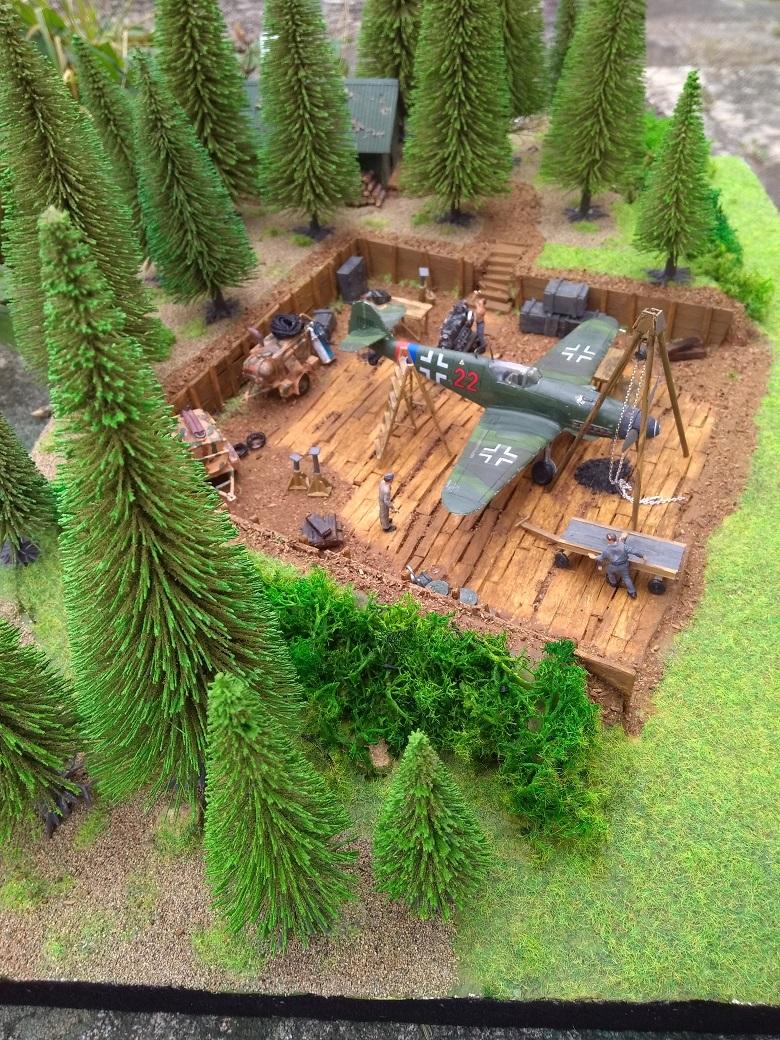 Atelier de campagne Luftwaffe au 1/72 ème Img_1322