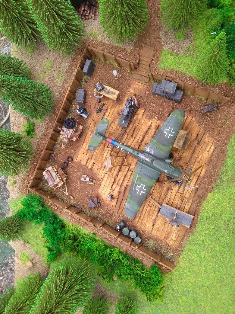 Atelier de campagne Luftwaffe au 1/72 ème Img_1323