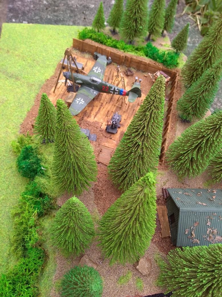 Atelier de campagne Luftwaffe au 1/72 ème Img_1325