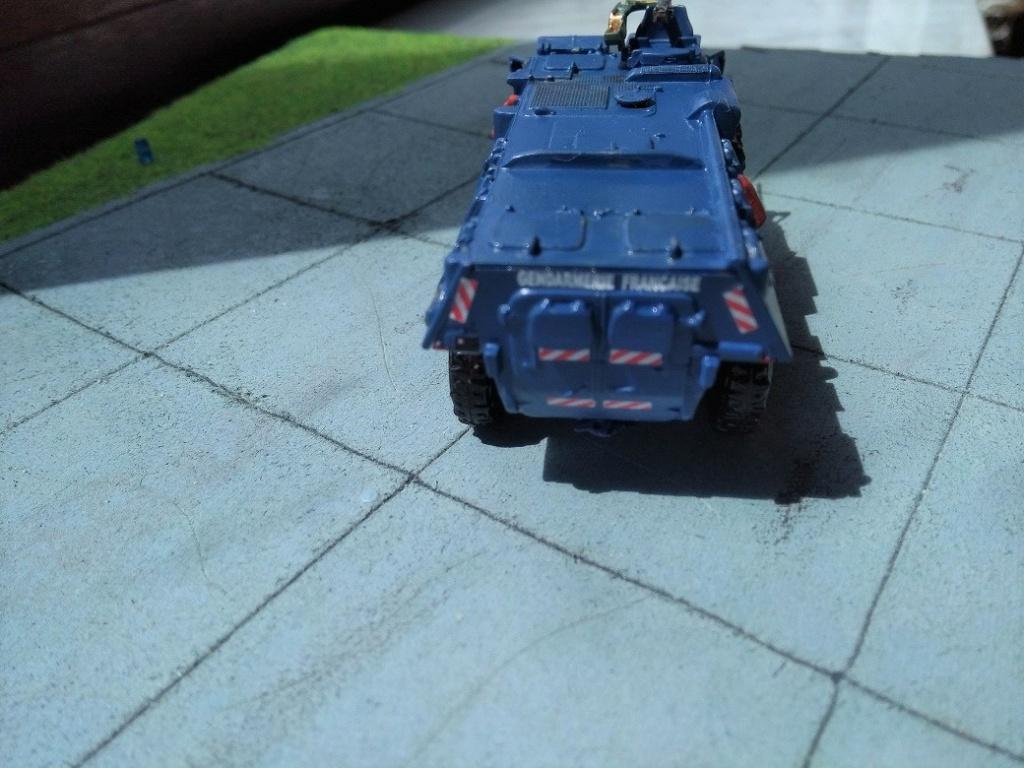 [Heller] VAB Gendarmerie 1/72 Img_1603