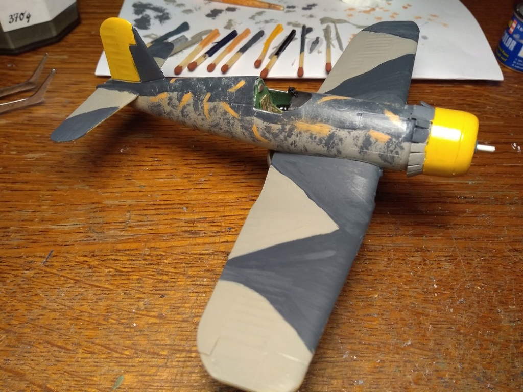 [Revell] Corsair Royal Navy capturé (fini) Img_2539