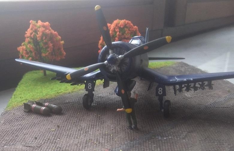[Italeri] Corsair F4u-7 Aeronavale (FINI) Img_2733