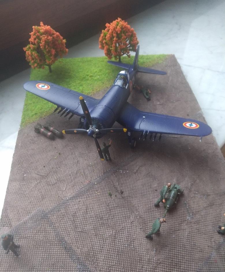 [Italeri] Corsair F4u-7 Aeronavale (FINI) Img_2734