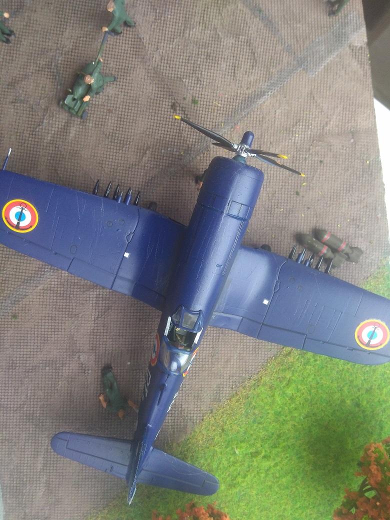 [Italeri] Corsair F4u-7 Aeronavale (FINI) Img_2736
