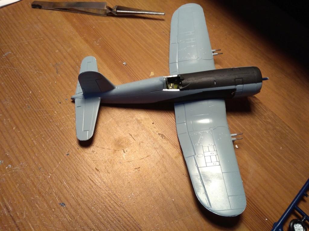 [Italeri] Corsair F4U-5 Argentin (FINI) Img_2770