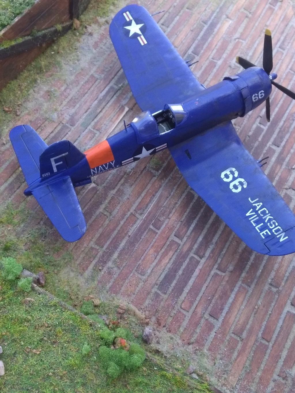 [Italeri] Corsair F4U-5 Argentin (FINI) Img_2772