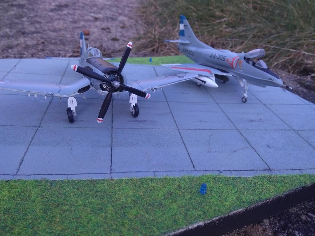 [Italeri] Corsair F4U-5 Argentin (FINI) Img_2773