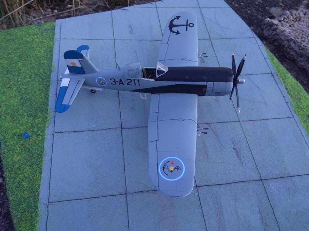 [Italeri] Corsair F4U-5 Argentin (FINI) Img_2779